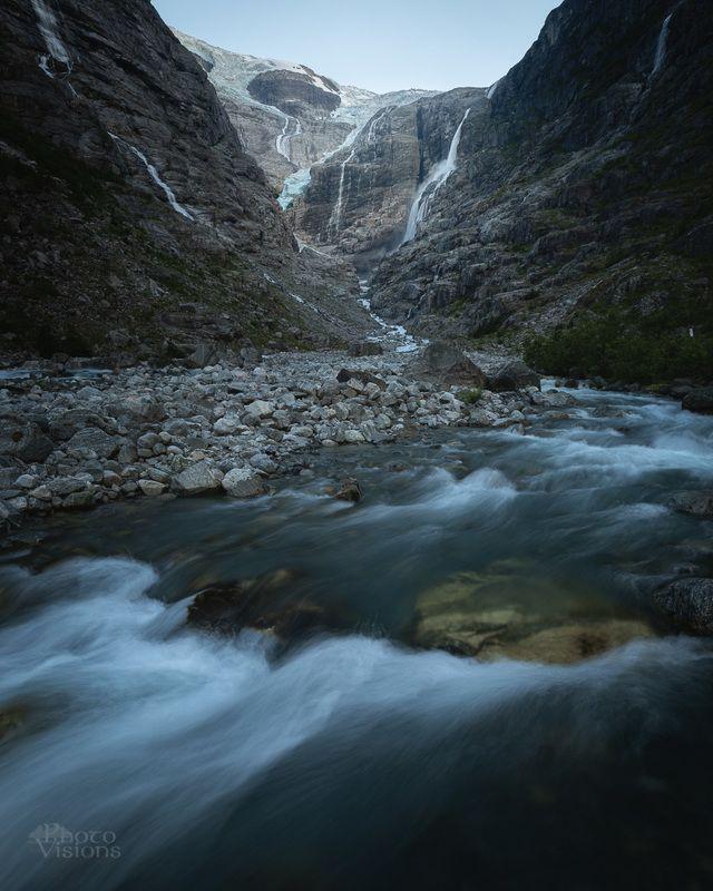 glacier,glacial,mountains,summer,blue hour,nature,norway,norwegian,kjenndalsbreen Kjenndalsbreen glacier wall фото превью
