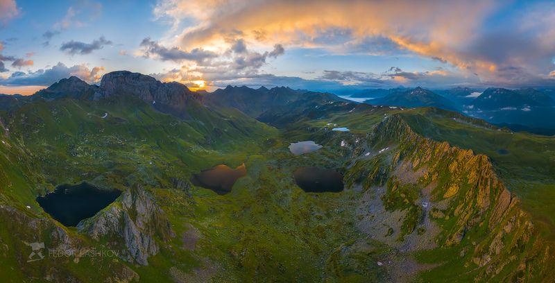 северный кавказ, карачаево-черкесия, озёра, озеро, пятиозёрье, загедан, ацгара, ацгарские, загеданский хребт, рассвет, аэросъёмка, архыз, Пятиозёрье на рассветеphoto preview