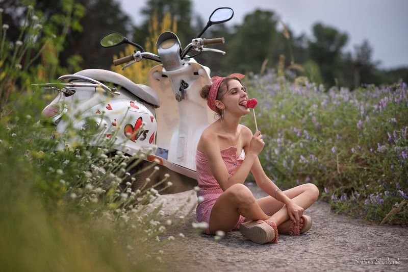 summer, pinup, moto cycle, harts, portrait Lollypopphoto preview