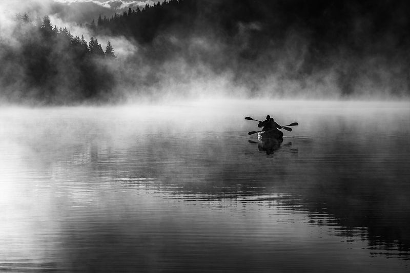 landscape nature scenery summer sunrise morning dawn lake b&w reflection fog foggy mist misty boat sun clouds mountain trees пейзаж рассвет горы озеро At daybreakphoto preview