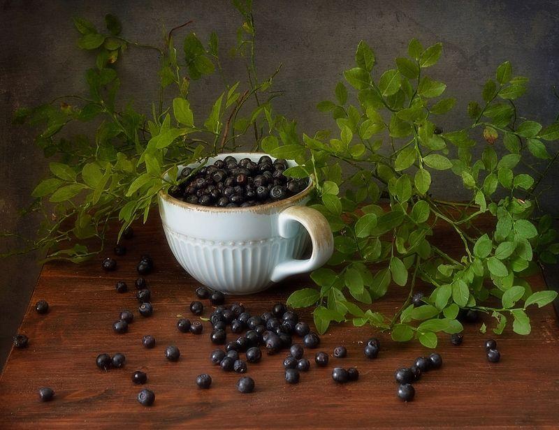 натюрморт,ягоды,лето,черника с черникой...photo preview