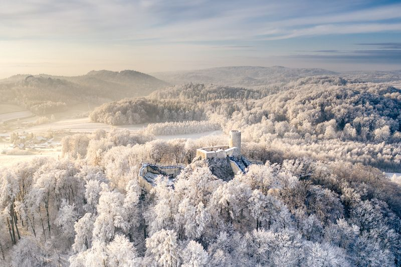 poland, winter, castle, medieval, snow, rime, drone, dji, mavic, aerial, from the air, air photography,nisi, wallpaper, postcard, morning, golden hour Polish Juraphoto preview