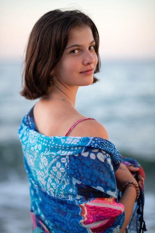 Морская девушкаphoto preview