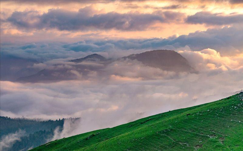 кавказ, горы, свет, облака photo preview