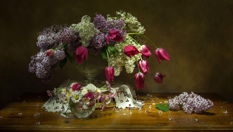 натюрморт, сирень, тюльпаны Вспоминая весну.. фото превью