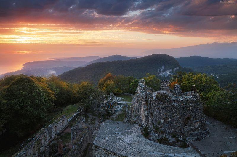 закат, абхазия, черное море, горы, новый афон Анакопийская крепостьphoto preview