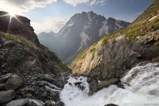На краю водопада