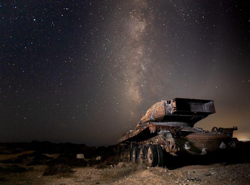 landscape, night landscape, battlefield, stars, night sky, tanks, abandoned tank, milky way Battlefieldphoto preview