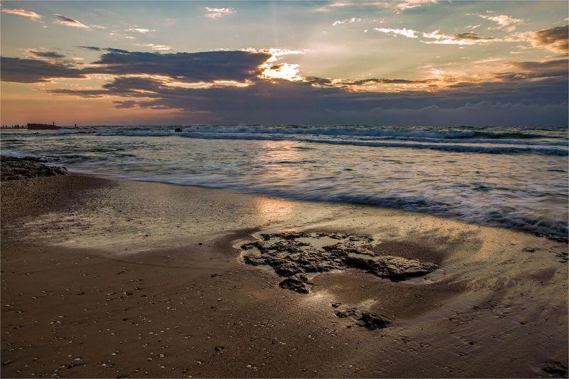 Закат на Средиземномphoto preview