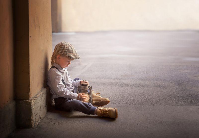 винтаж, ретро, мальчик, загадать желание, чудо,  мечта, керосиновая лампа Вера в чудо...photo preview