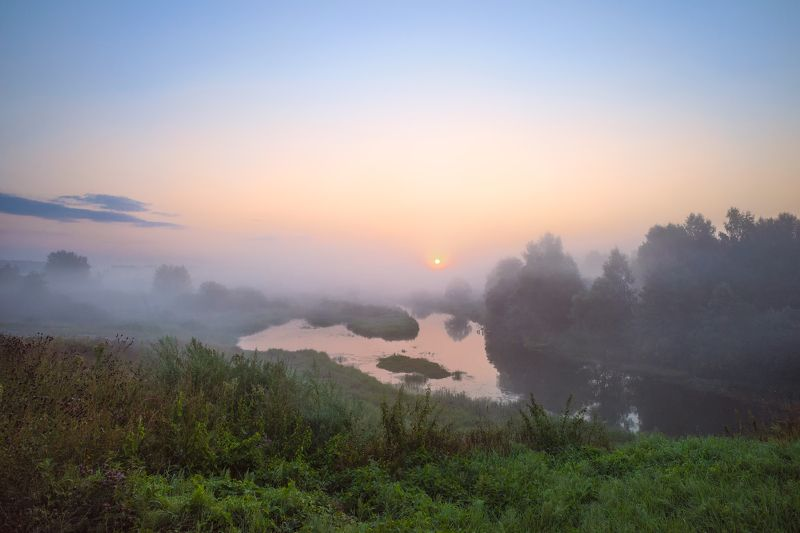 утро,туман,река,небо,солнце,отражение,берег туманное утроphoto preview