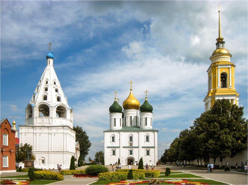 коломна, кремль, соборная площадь Соборная площадь Коломенского кремляphoto preview
