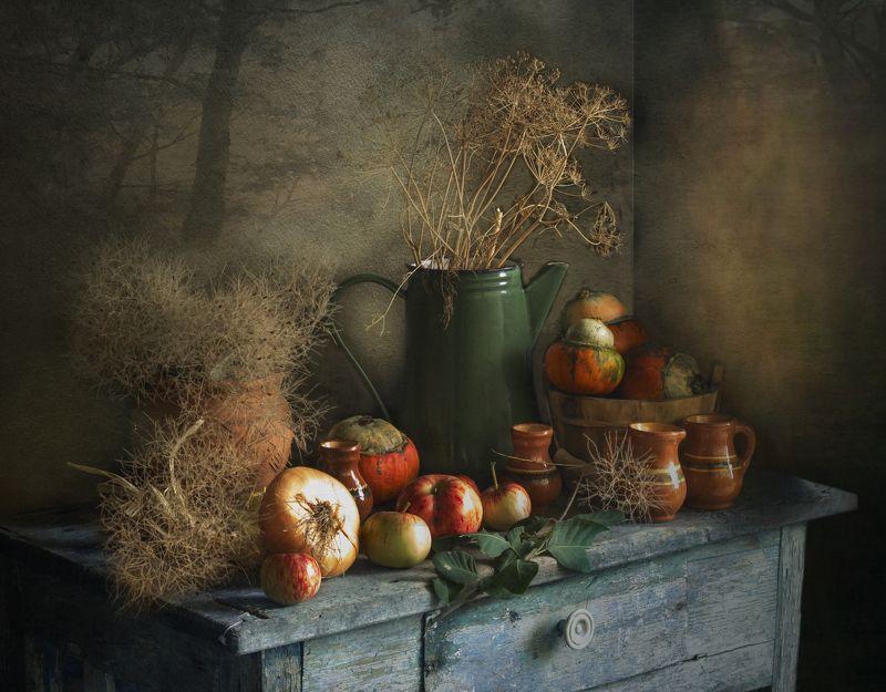натюрморт, овощи, тыковки, осень, кувшин, лук, помидоры Приближение осениphoto preview