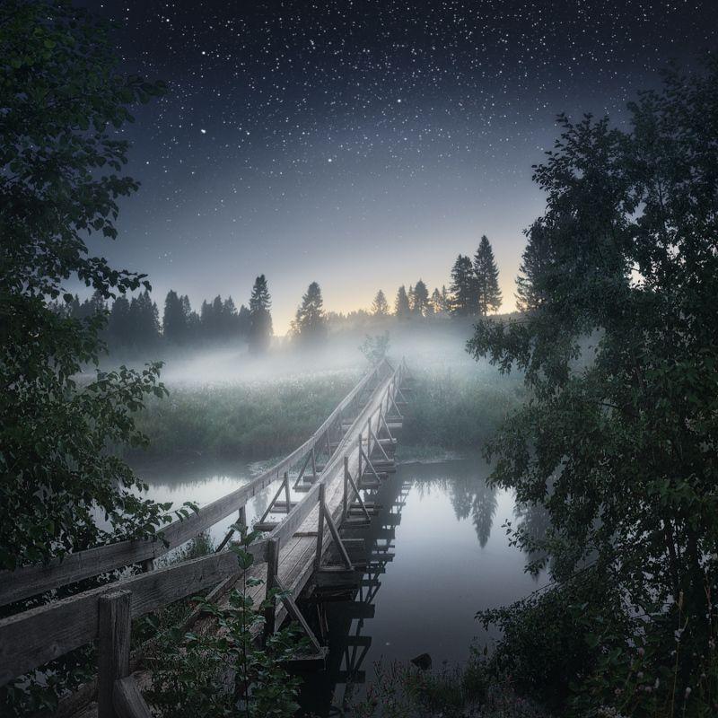 звезды, туман, мост Отель в тысячу звездphoto preview