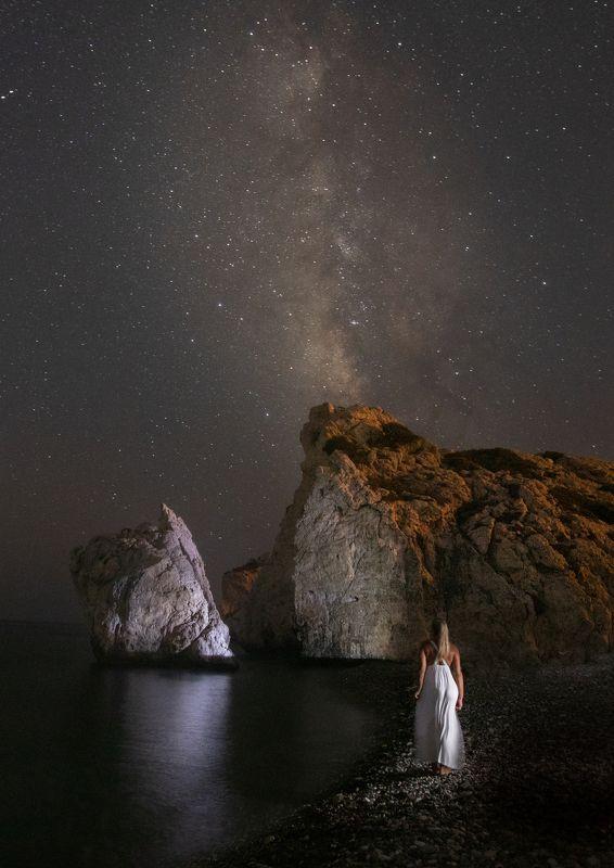 rock, milky way, stars, night, night photo, landscape, sea The Rockphoto preview
