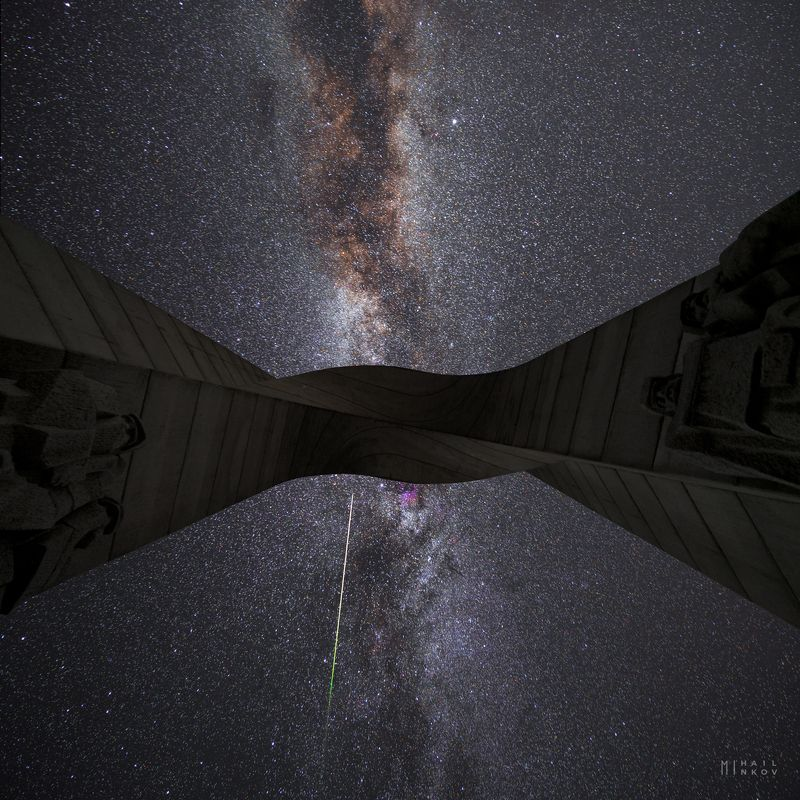 The arch of Liberty meet the eternal arch of the Milky wayphoto preview