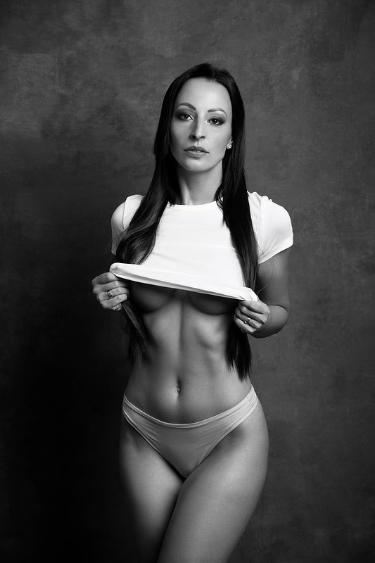model, fine art, sexy, sensual, black and white, woman, female, body, erotica, glamour, curves, portrait, beautiful, fashion, lingerie, portrait E.photo preview