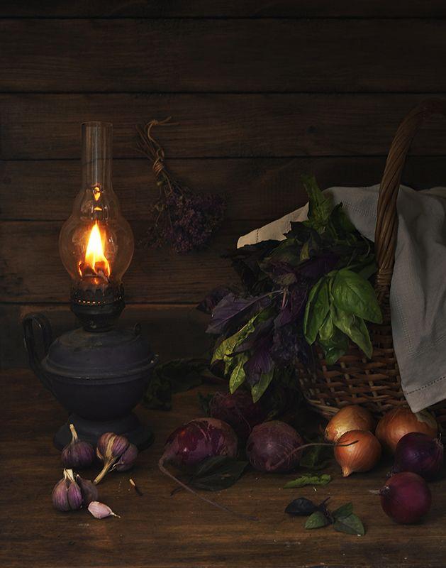 Натюрморт с керосиновой лампойphoto preview