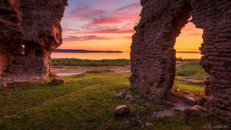 пейзаж, природа, море, архитектура, замок, эстония Руины на берегу моря фото превью