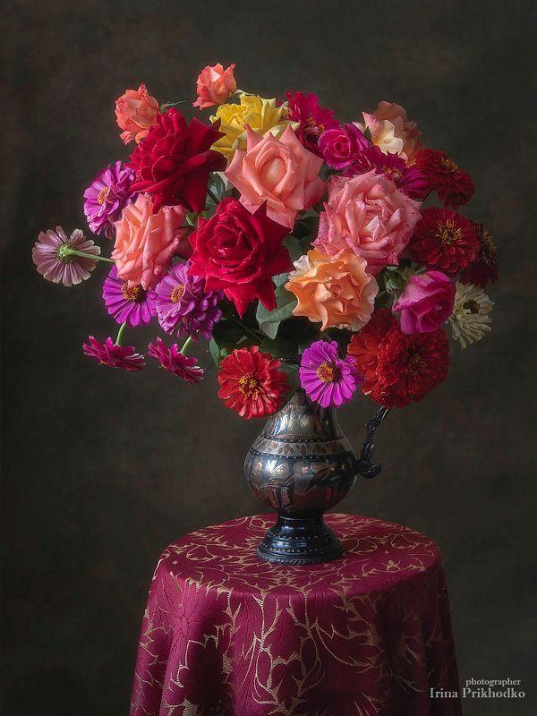 натюрморт, цветы, букеты, розы, цинии, лето, садовые, винтажный Натюрморт с букетом из роз и цинийphoto preview