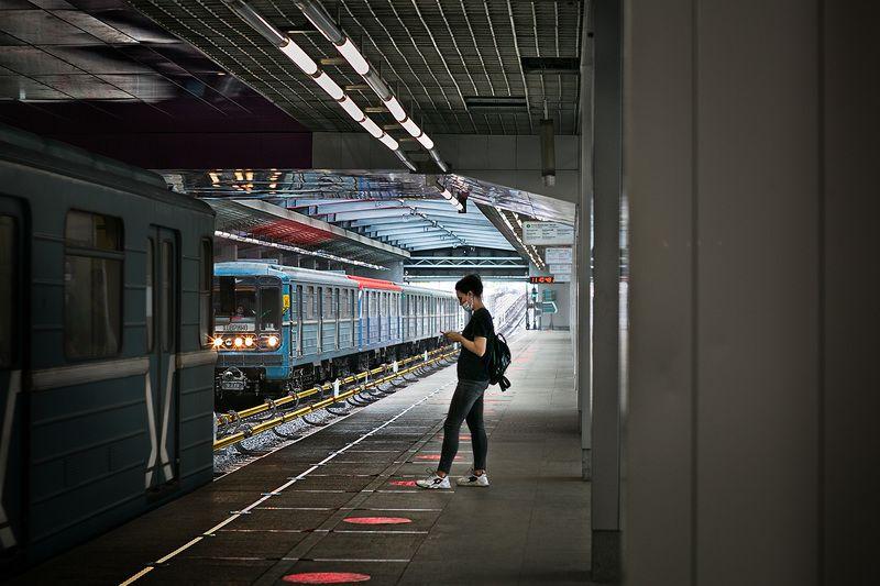 метро, пассажиры, стрит фото В метроphoto preview