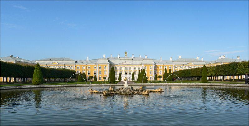 петергоф Петергоф. Большой дворец.photo preview