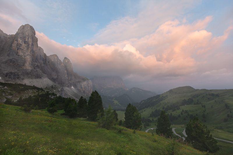 италия, доломиты, горы, облака, восход, природа, landscape, italy, dolomites, golden hour, golden light, sunrise Начинался новый день.photo preview