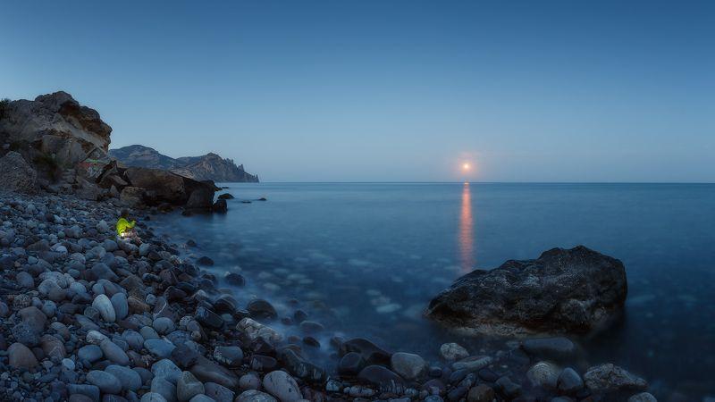 лето, море, карадаг. Лунные камешки Карадага...photo preview