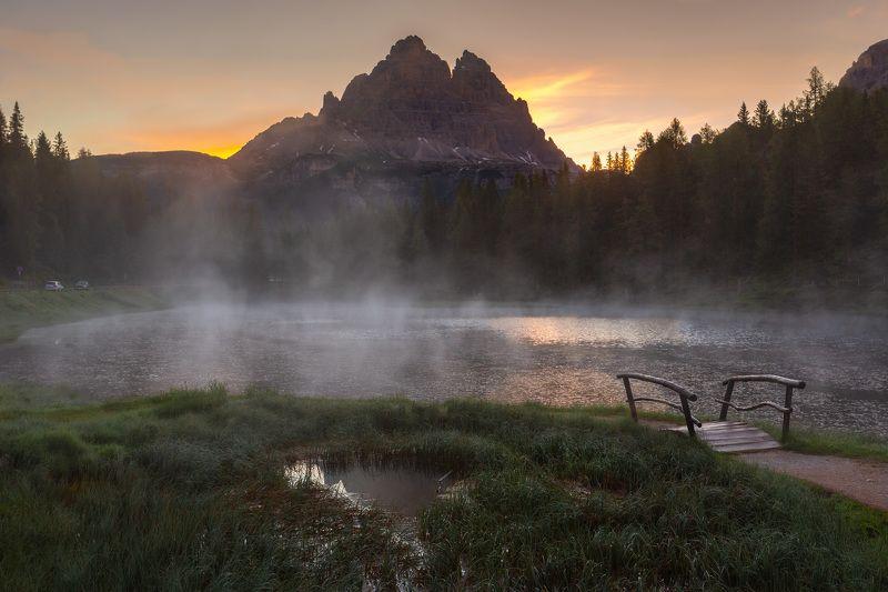 италия, доломиты, горы, облака, восход, туман, природа, landscape, italy, dolomites, golden hour, golden light, sunrise Озеро Анторно.photo preview