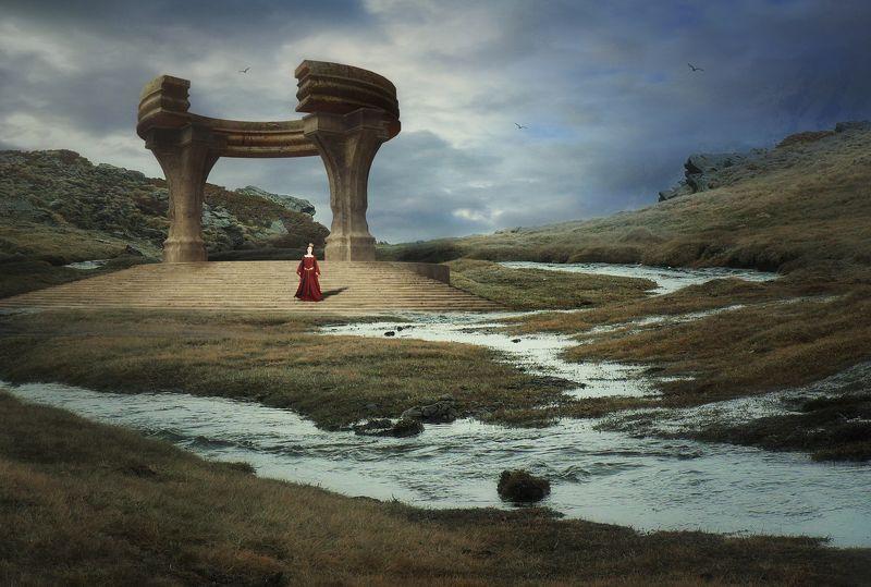 колонны, скалы, облака Королеваphoto preview