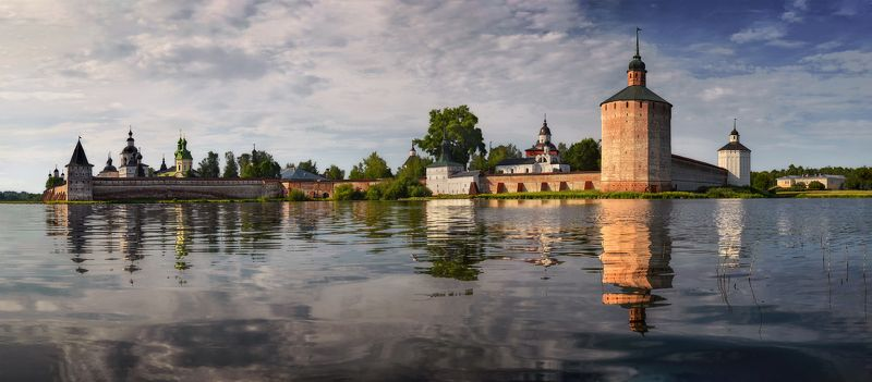 Кирилло-Белозерский монастырь Кирилло-Белозерский монастырьphoto preview