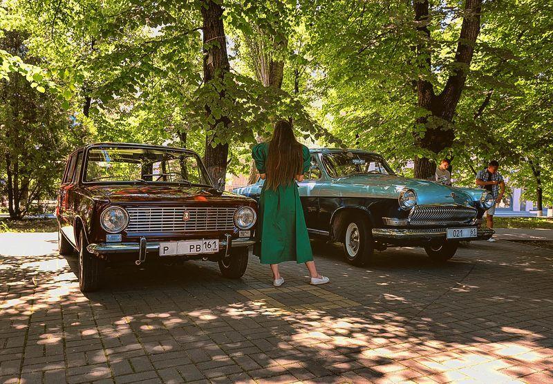Выставка ретро автомобилей photo preview