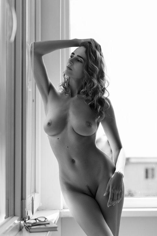 nude,b&w,девушка,ню,model,ч/б Aннаphoto preview