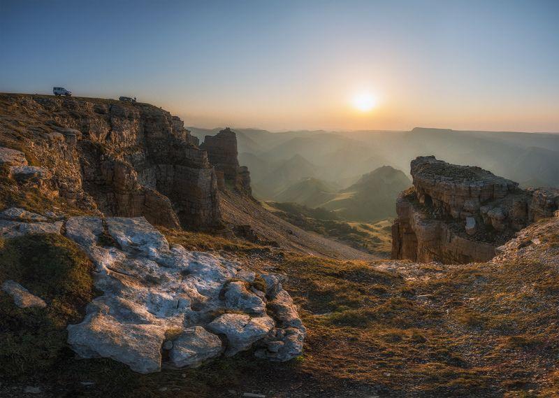 карачаево-черкесия, северный кавказ, бермамыт, закат, август Бермамытphoto preview
