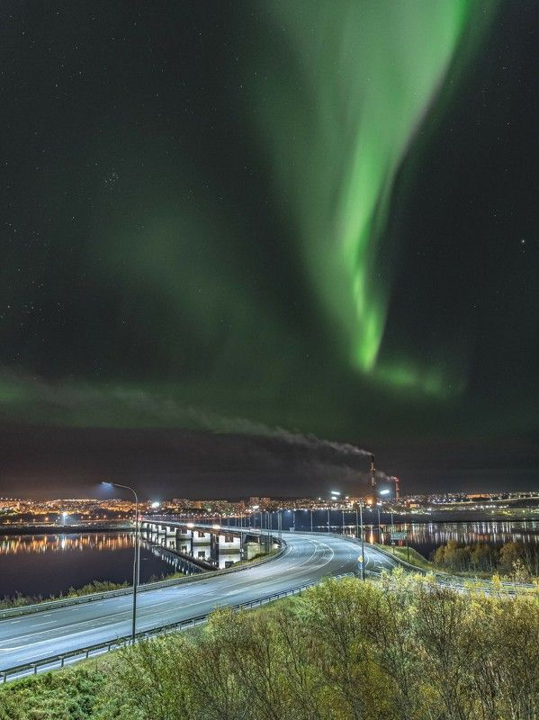 Ночь, Северное сияние, мост Два мостаphoto preview