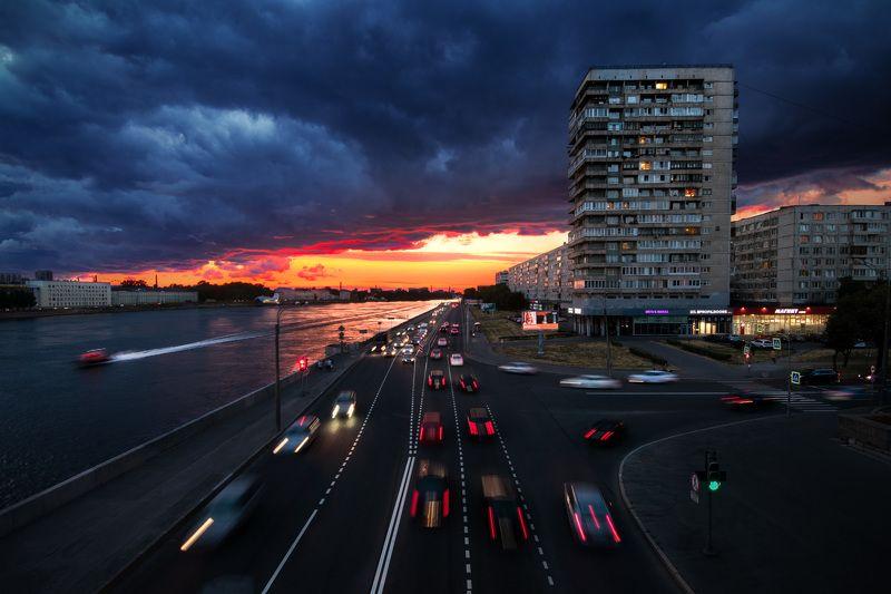 город,архитектура,вечер,закат,тучи,россия,санкт-петербург,russia,city,street,sunset,thunder Движения городаphoto preview