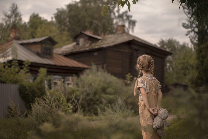 чердак девочка тайна печатная машинка Тайна старого чердакаphoto preview