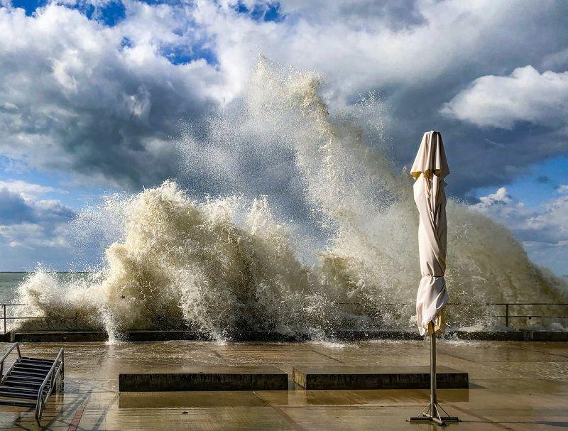 Разбушевалось Чёрное море... Сочи сегодня.photo preview