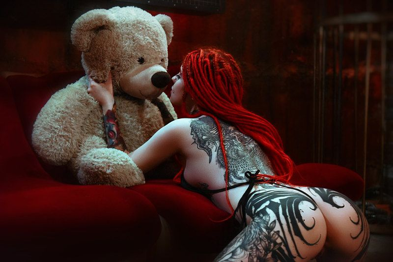 nu, erotica, model, girl, teddy Red Fairyphoto preview