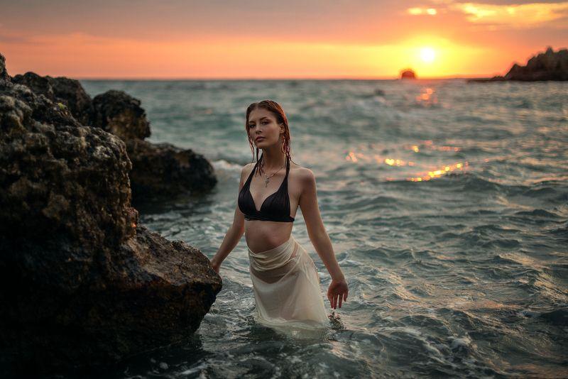 женский портрет, море, закат, На закатеphoto preview