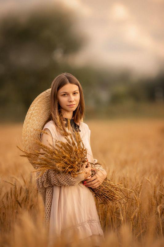 девушка, лето, поле, девушка в шляпе, юность, портрет photo preview