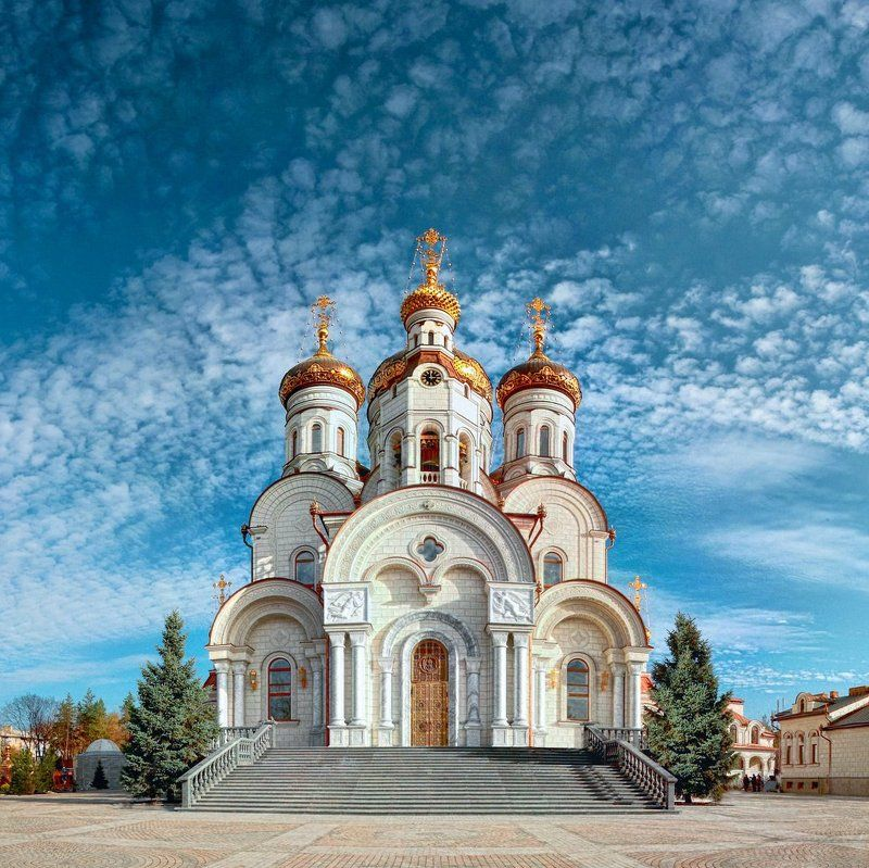 Богоявленский кафедральный соборphoto preview