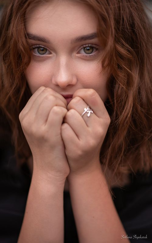 portrait, fragile, natural beauty, female portrait, emotion, eyes Quenching the thirst for beautyphoto preview