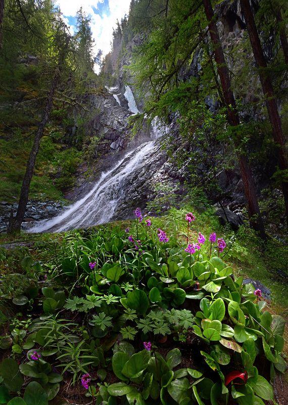 Водопад Высотникphoto preview