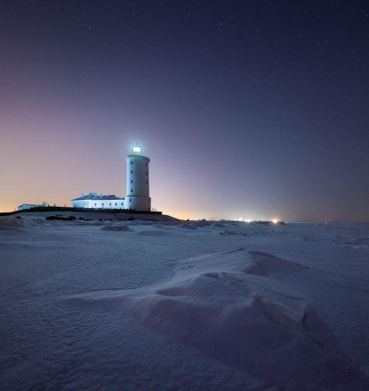 кронштадт, маяк толбухин, финский залив Маяк Толбухинphoto preview