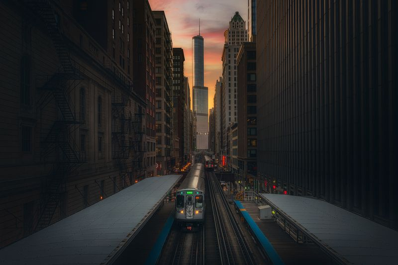 Moody Sunset In Chicagophoto preview