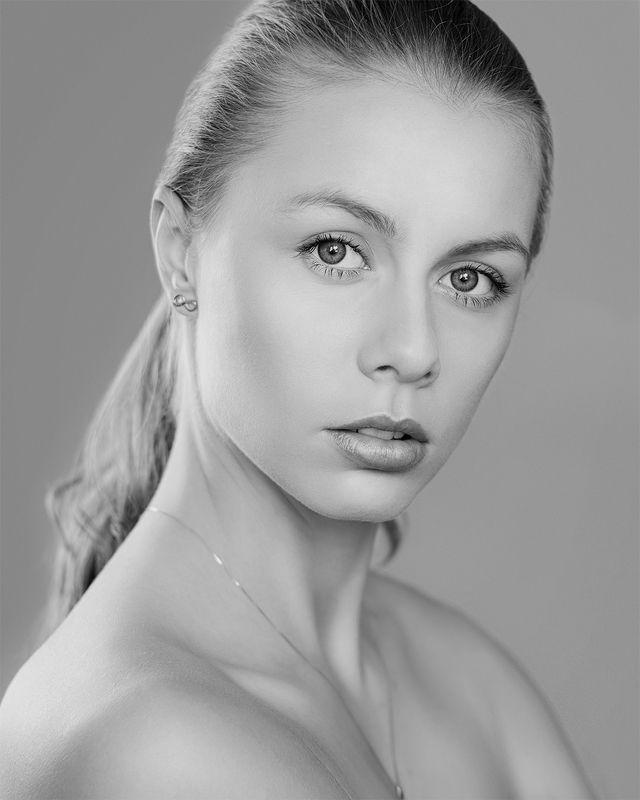 portrait, beauty, beautiful, gorgeous, lovelyface, girl, young, sweetgirl, mercédesz, jozefkiss, Mercédeszphoto preview