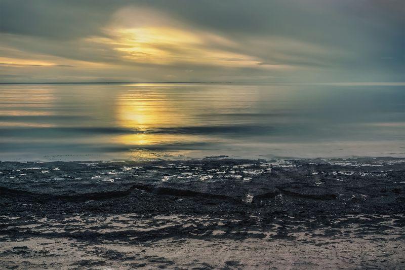 море белое берег вечер закат вода облака Вечерний свет Белого моряphoto preview