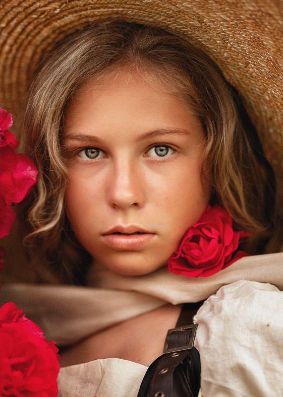 девушка, лето, поле, девушка в шляпе, юность, портрет, розы photo preview