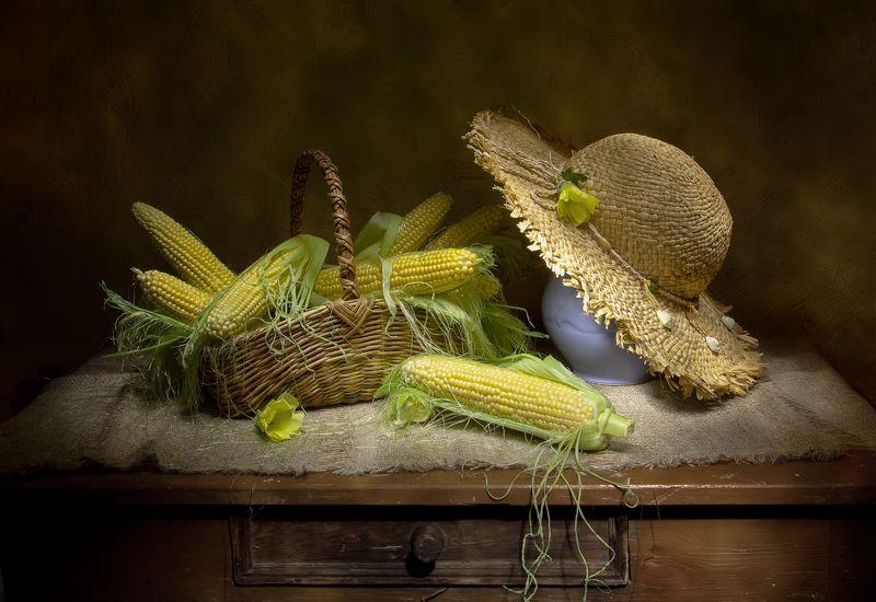 натюрморт, кукуруза, шляпа Кукурузка... фото превью